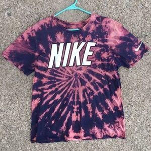 vintage Nike Tie Dyed Tshirt. Size Large